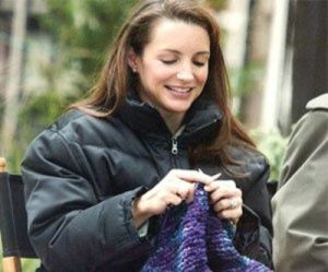 Kirsten Davis, on the set of Sex and the City knitting