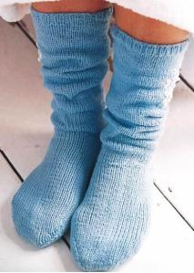 Hand knitted socks with the seam running around the toes
