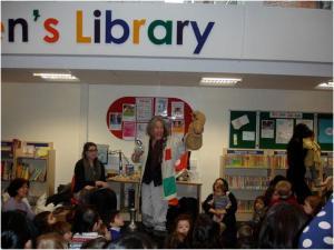 Helen East, storyteller from Kensington Palace in full swing!