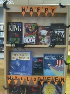 Hallowe'en book display at Kensal Library