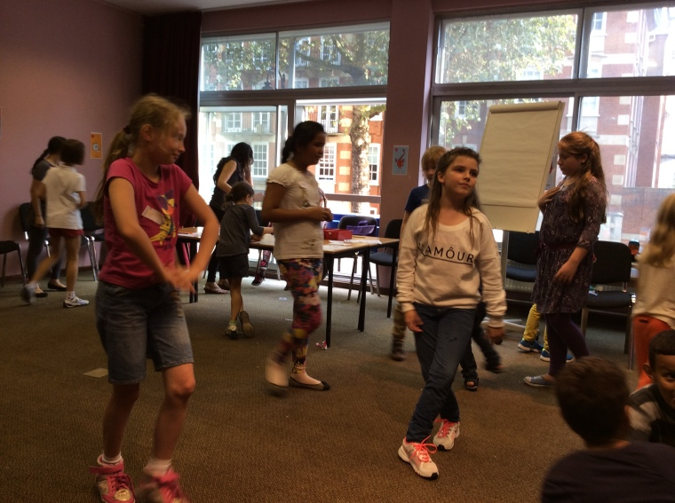 Musical statues!