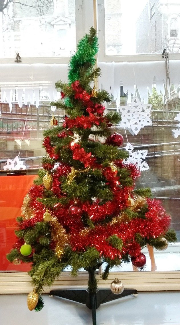 Christmas Tree at North Kensington Library