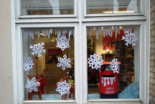 Christmas Window display at north Kensington Library